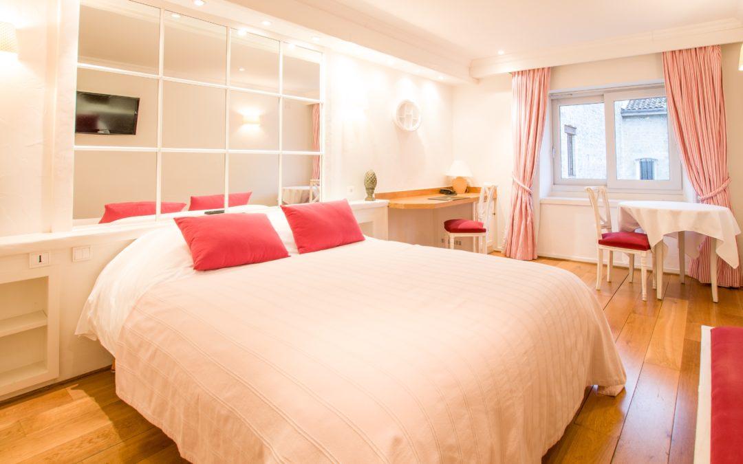 Chambre double supérieure (lits jumeaux + douche) - Le Soleil d\'Or